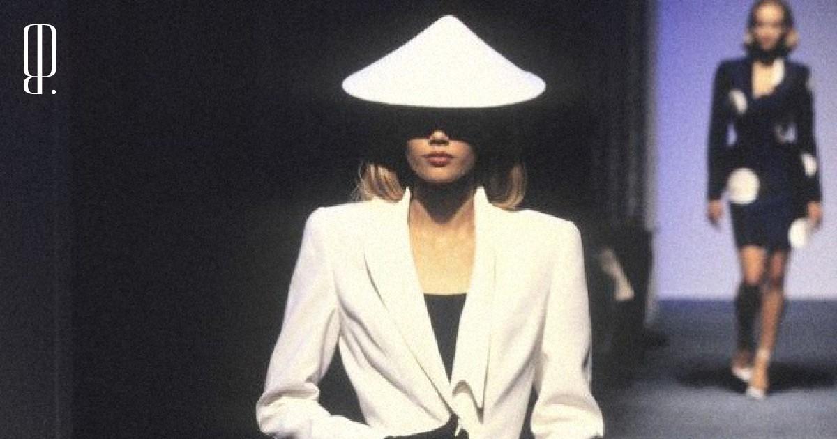 Корсеты и«платье Ким» вколлекции Mugler весна–лето 1998
