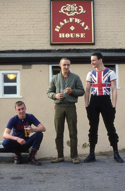 a history of the skinheads in britain The history of skinhead reggae 1968-1972 in britain during the early 60s a youth culture revolution was taking place the history of skinhead r.